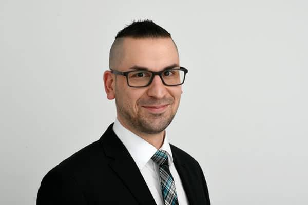 Dario Sauermann von der Steuerberatungsgesellschaft Quattek & Partner in Göttingen, Rosdorf OT Mengershausen
