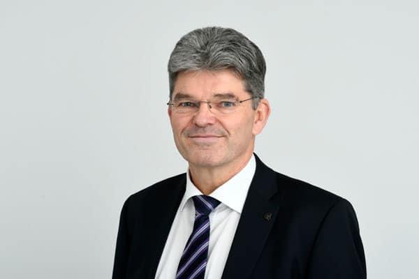 Uwe Rogowski von der Steuerberatungsgesellschaft Quattek & Partner in Göttingen, Adelebsen